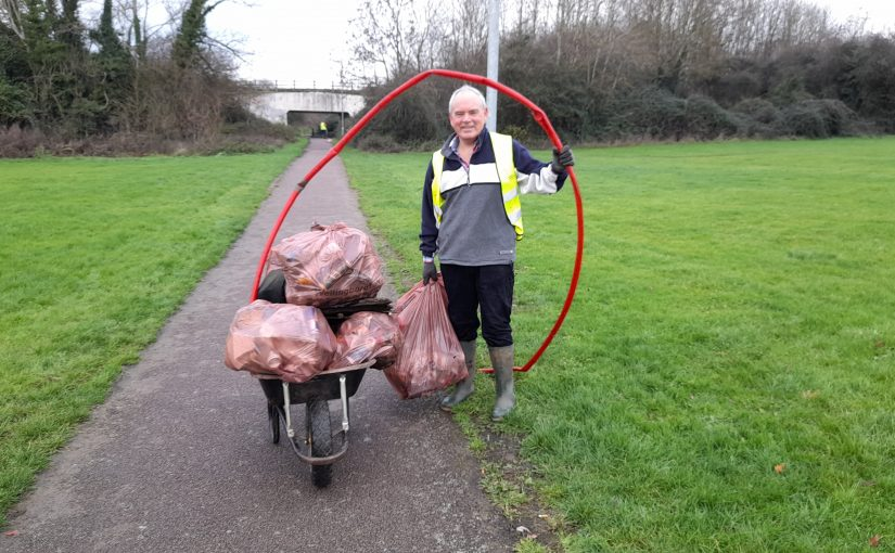 Litter Picking Shelley Park and Park Farm